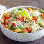 Как приготовить салат цезарь в домашних условиях - топ пошаговых рецептов с фото