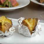 Картошка, запеченная в фольге в духовке - топчик очень вкусных рецептов
