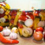 Маринованные помидоры с болгарским перцем: популярные рецепты на зиму
