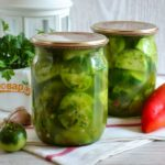 Рецепт маринованных зеленых черри с острыми перцами с фото и пошаговым описанием приготовления блюда