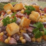 Салат из фасоли с сухариками: подборка  очень вкусных рецептов с фото