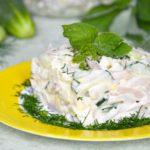Салат из кальмаров с огурцом и яйцом – 10 рецептов