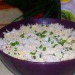 Салат со шпротами - 10+ рецептов на скорую руку