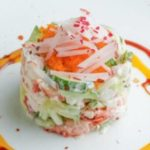 Топ вкусных салатов с крабовыми палочками